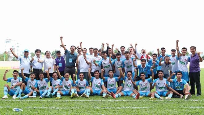 Đội bầu Hải vào chung kết SV-League 2020 sau loạt sút luân lưu cân não