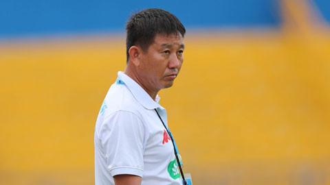 Cựu trợ lý trọng tài FIFA Châu Đức Thành: Đá hay, phất cờ giỏi, sành sỏi sa bàn